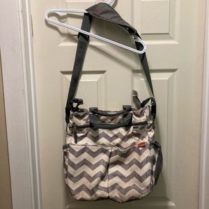 SKip hop messenger diaper bag and changing pad